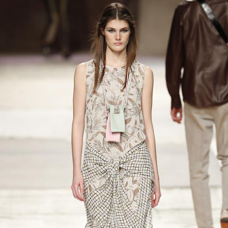 Roberto Verino se desmarca y adelanta cómo vestir el próximo verano