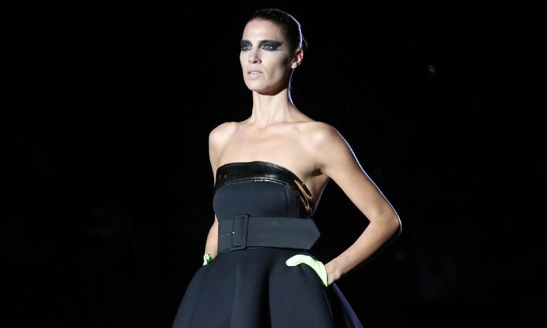 Vestidos de invitada que recuerdan a París marcan el retorno de Roberto Diz