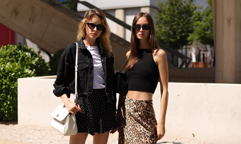 Nueve looks en negro que rompen las normas: así se lleva el color 'prohibido' del verano
