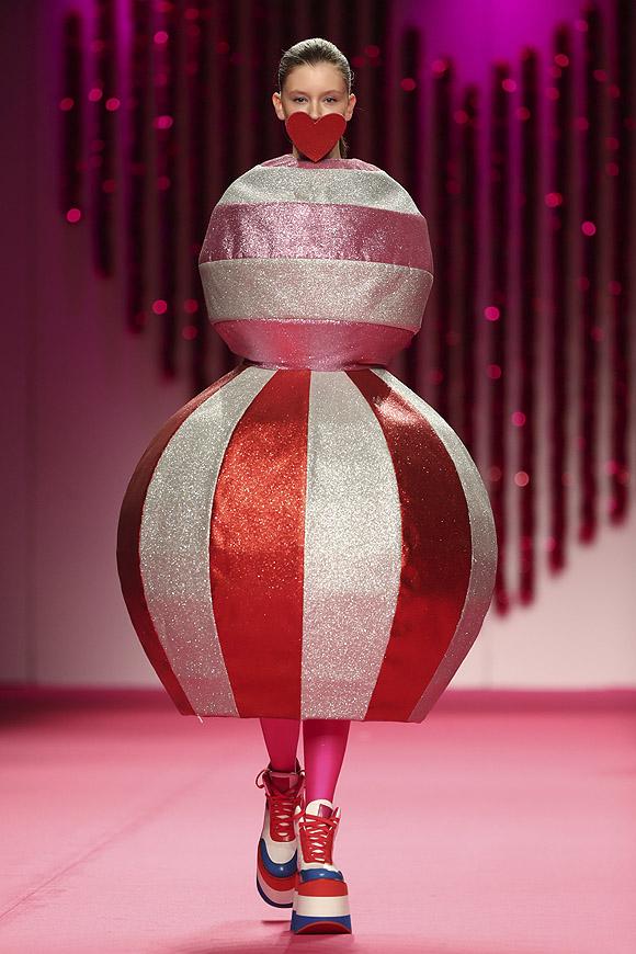 outlet store b59f2 71c1b Fashion Week Madrid: Ágatha Ruiz de la Prada - Foto 43